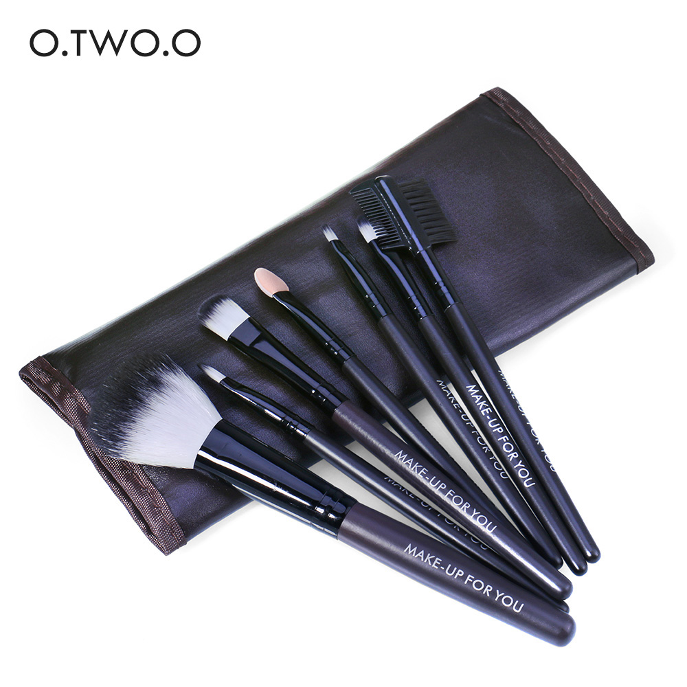 O.TWO.O Eyeshadow Makeup Brushes 7pcs Set Kit in Bag Eyelash Eyebrow Lip Gloss Brush Tools Soft Cosmetic Tools