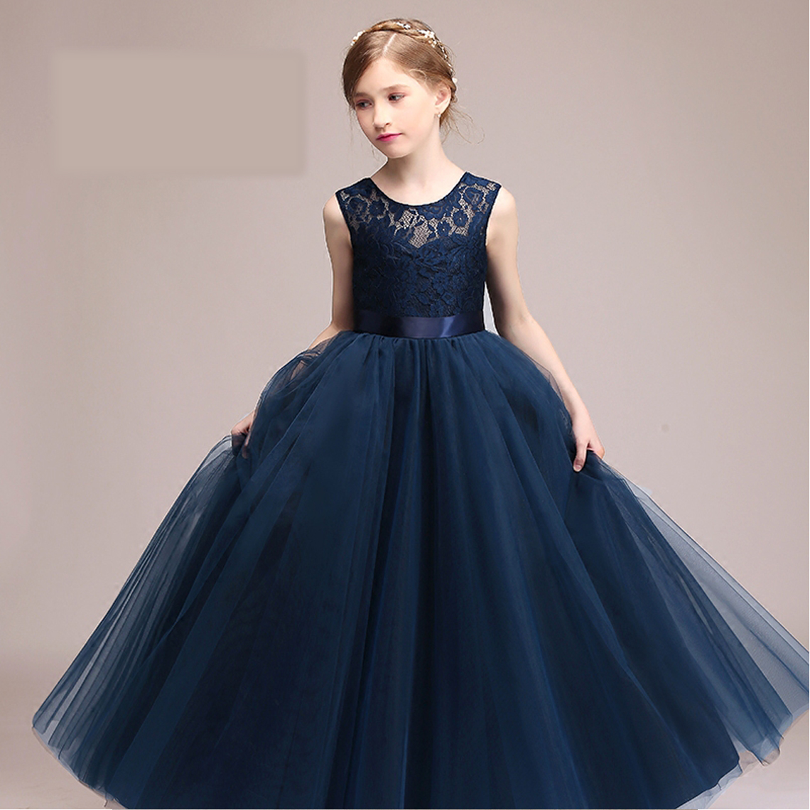 Luxury Long Lace Pierced Embroidery Flower Girls Dress For Wedding Prom Party New Style 2017 Prom Party Princess Girls Dress P61 lace insert maxi party prom dress
