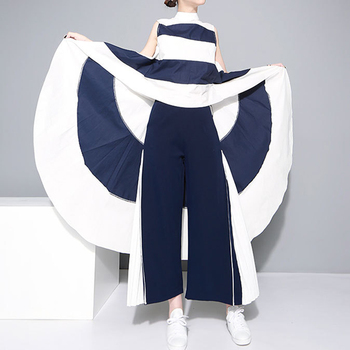 Blusa asimétrica cola larga sin mangas cuello subido Harajuku 1