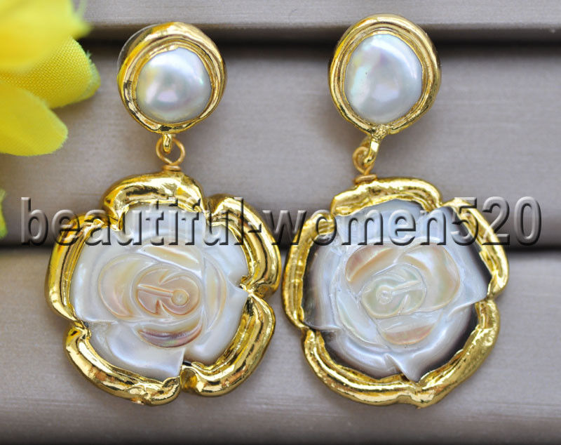 Z9318 28mm White shell Carve Flower Gilding Dangle Earrings