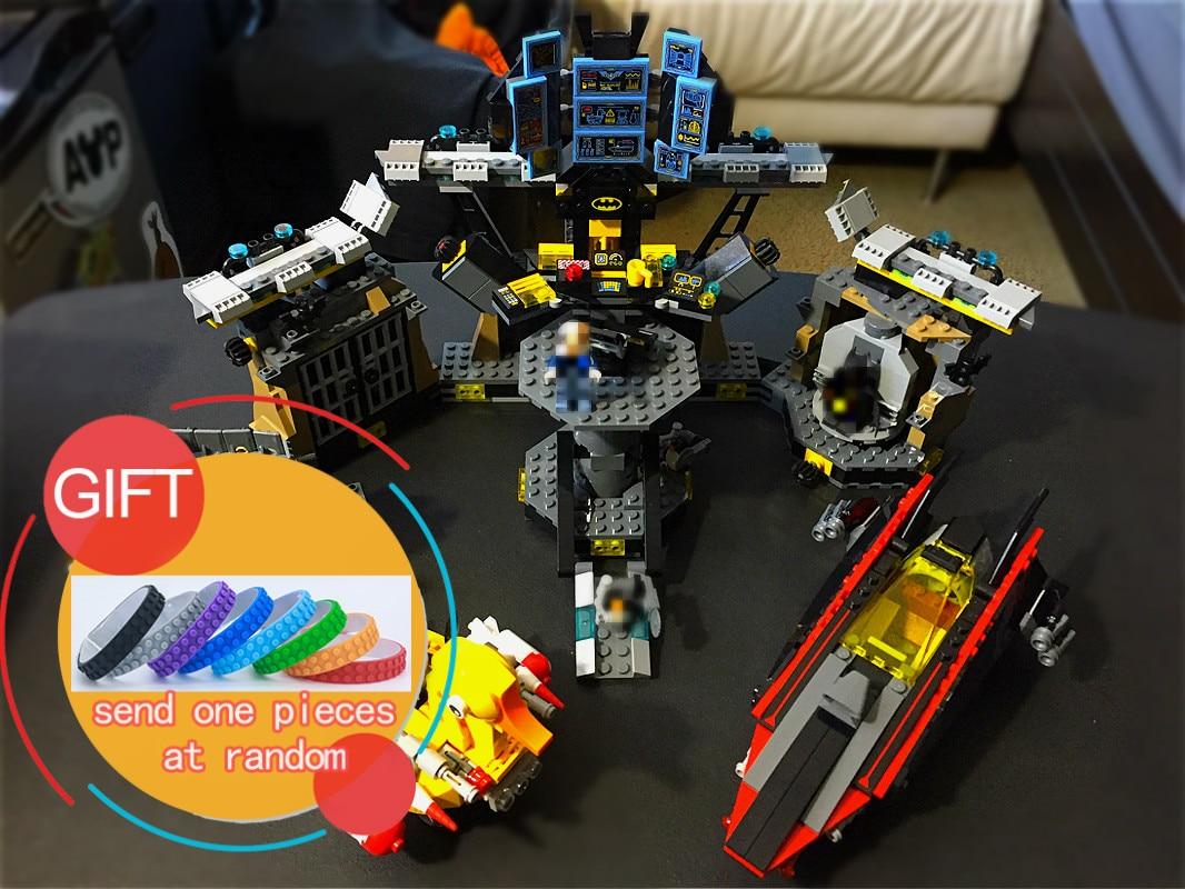 07052 1047Pcs Batman Movie Batcave Break-in Genuine Super Heros Building Blocks Bricks Education Kit Toys Compatible 70909 lepin