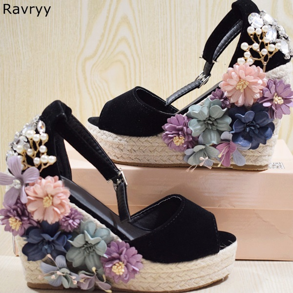 2018 Summer chic bling bling crystal flowers decor wedges black sandals peep toe platform heels female high heel sexy pumps cdts 35 45 46 summer zapatos mujer peep toe sandals 15cm thin high heels flowers crystal platform sexy woman shoes wedding pumps