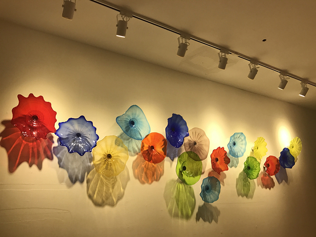 Chihuly Wall Art Hanging Plates With Spot Light 100 Hand Blown