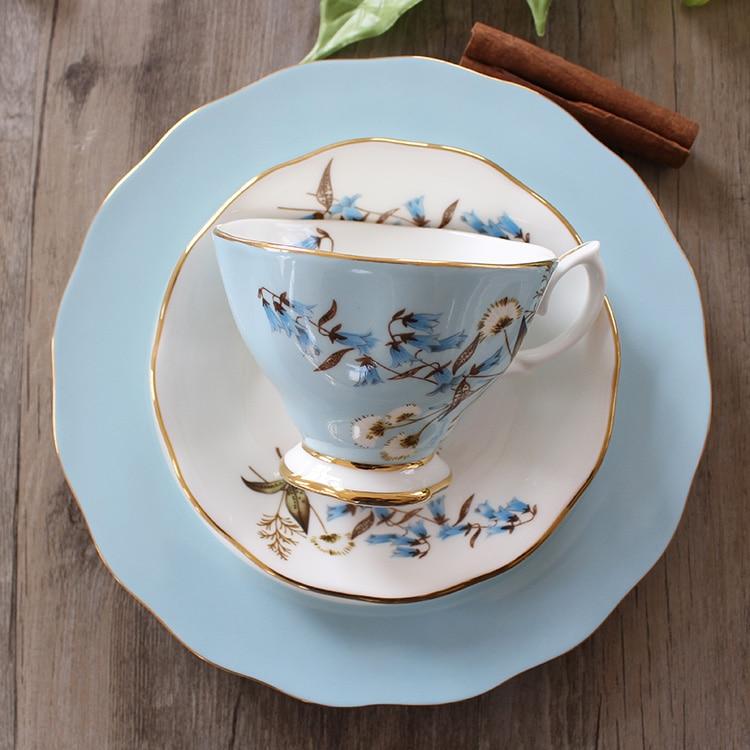 Thé anglais après midi thé porcelaine ensemble de thé tasse à café en céramique et soucoupe haut de gamme dessert plateau Parure-in Tasses et soucoupes from Maison & Animalerie    1