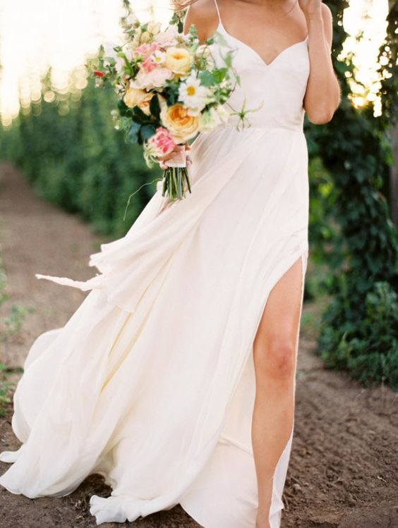 Romantic Outdoor White Ivory V Neck Wedding Dresses Skirt With Split A Line  Spaghetti Straps Bridal Gowns Vestidos De Novia In Wedding Dresses From  Weddings ...