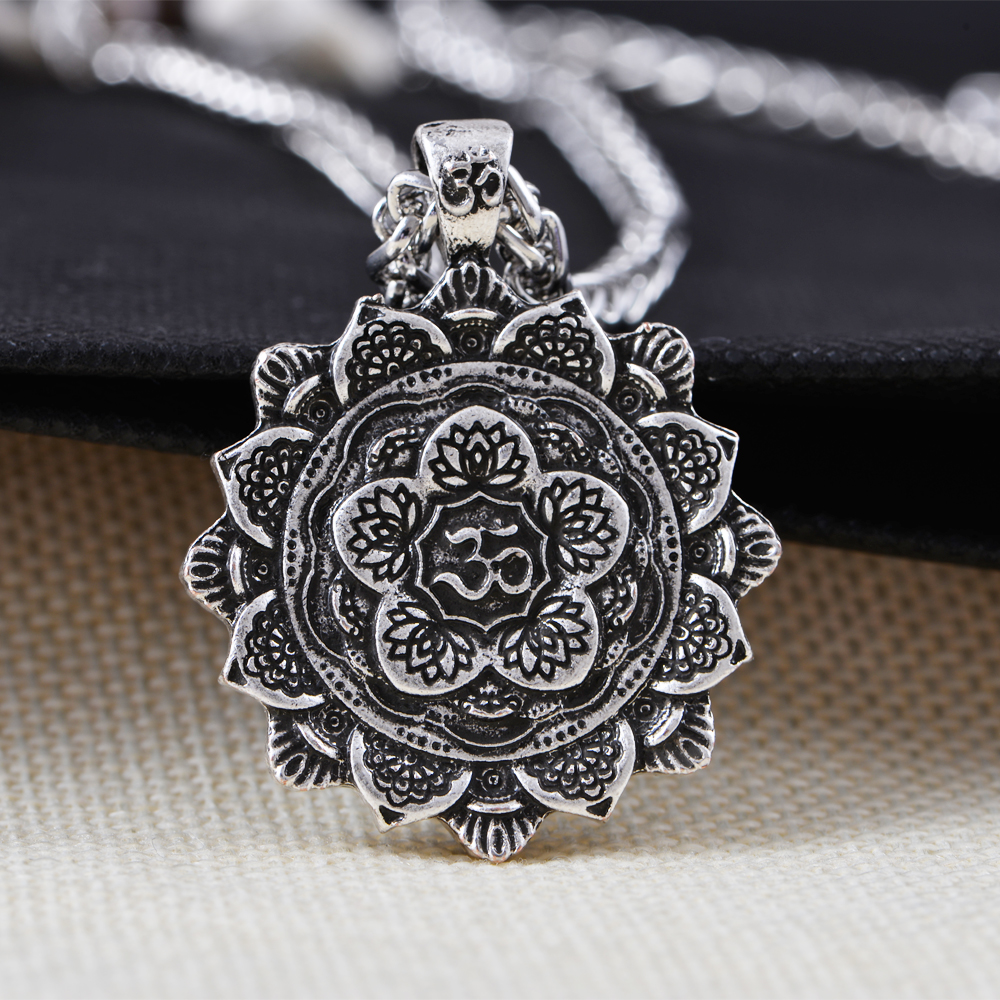 retro product spiritual amulet necklace jewelry geometry mandala tibet religious pendant