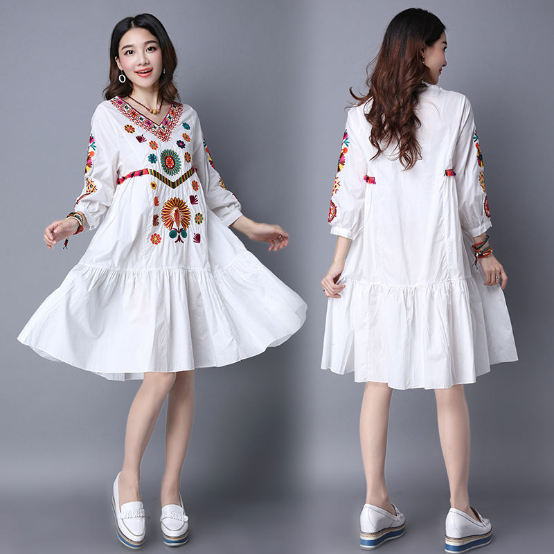 Hot Sale Vintage 70s Mexican Boho Hippie Floral Embroidered Ethnic Loose White Long Chic Women Dress Free Shipping