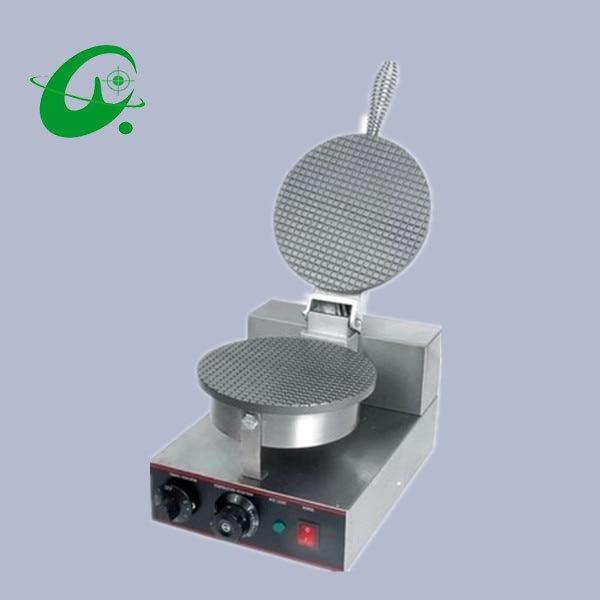 Una Testa Macchina Cono Gelato, Grande Macchina Di Elaborazione Di Mais/ice Cream Cone Maker. Waffle Maker