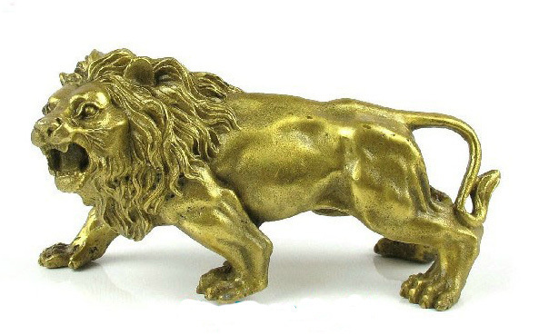 Chinese brass Nice Statue figurine LION 5.5'long Garden brass copper Decoration real Brass