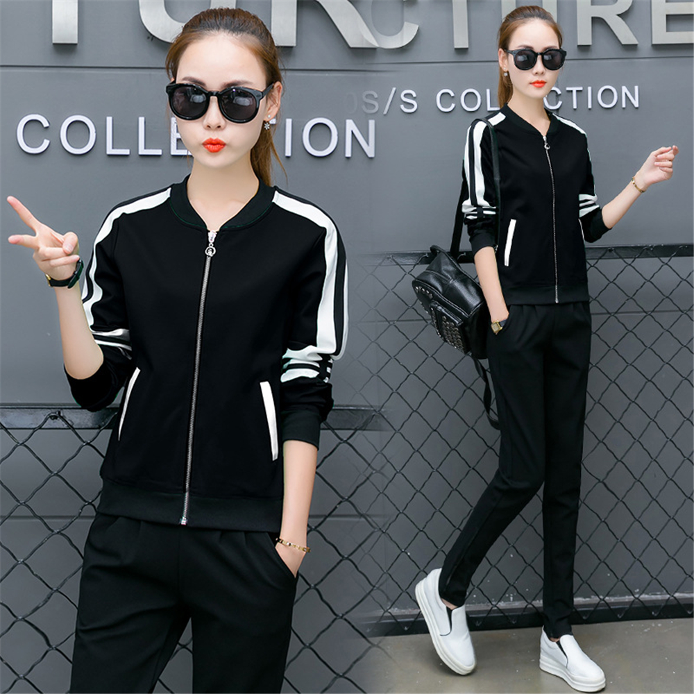 2018 sports Women s Sports Suits Female Spring and summer New sport top suit female tide
