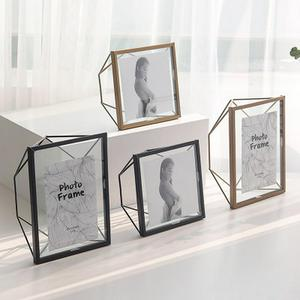 Nordic 4/6/7 Inch Black/Gold Metal Glass Photo Frame Portrait Holder Wedding Couple Recommendation Pictures Frames Gift Ornament