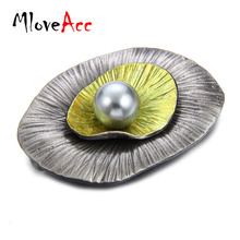 MloveAcc Vintage Safety Pin Brooches for Women Latest Design Leaf Shape Simulated Pearl Brooch Pendant Alloy Jewelry Wholesale