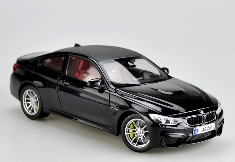 Gifts Original 1:18 Germany M4 alloy car models Favorites Model  gifts original 1 18 m ni champs 2015 turbo s alloy car models collection