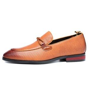 Image 4 - Formale schuhe männer Leder Frühling Herbst Oxford Faulenzer Atmungs Wohnungen Männer Sapatos Masculino Bequeme Schuhe zapatos de hombre