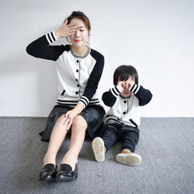 2016 Matching Mother Daughter Clothes Sweaters European And American Style Autumn And Winter Family Matching Outfits Shirts Girl