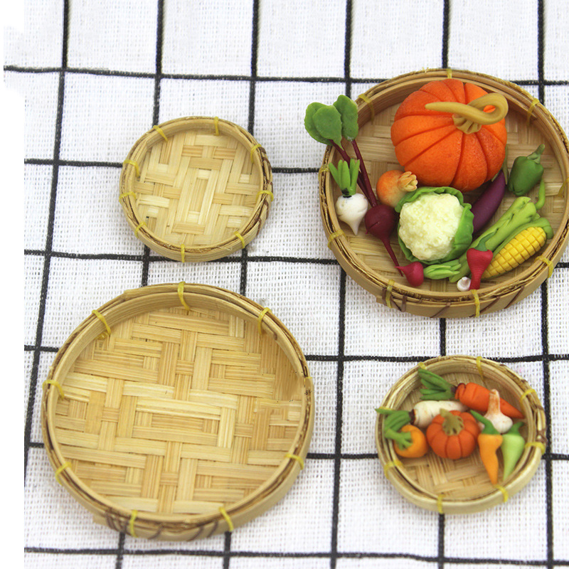 Wholesale 1:12 Dollhouse Miniature Mini Weaving Rattan Bamboo Sieve Doll Accessories Toy For Forest Animal Family Collectible