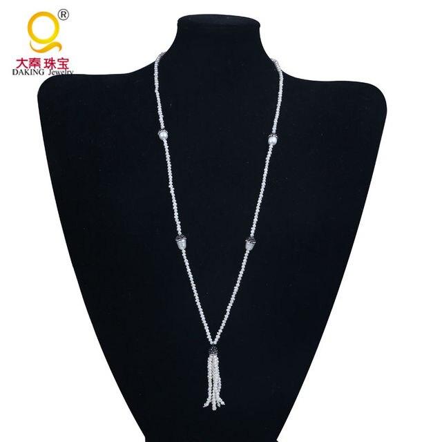 4d26daee1dd6 Delicado 3-4mm pequeño Papa blanca collar perla borla colgante collar  arcilla y rhinestone collar