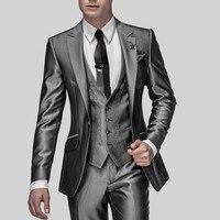 ホット販売スリムフィット新郎タキシードシャイニーグレーベストマンのスーツノッチラペル介添人男性の結婚式は花婿(ジャケット+パンツ+ベスト)