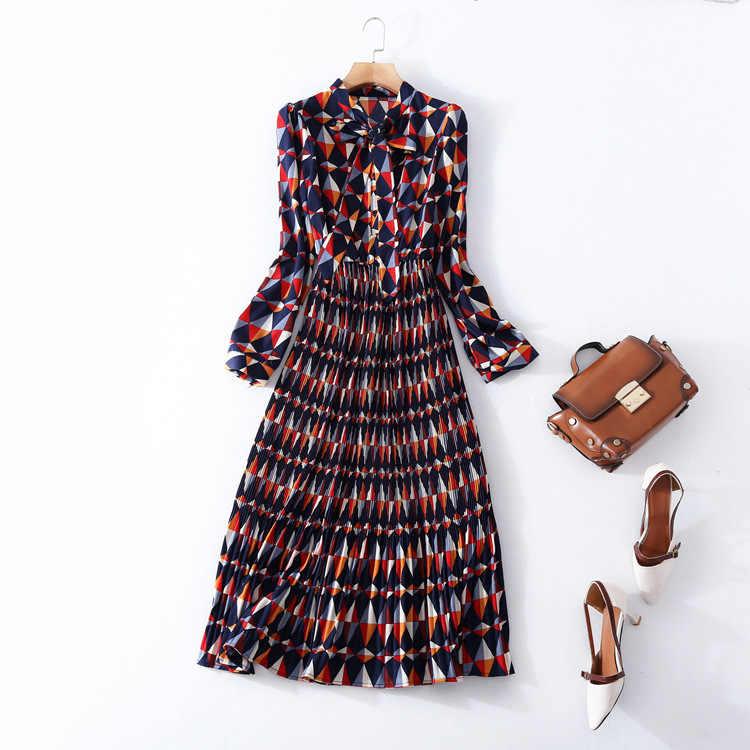 Yüksek kaliteli baskı pileli çalışma elbise yeni marka pist kadın bahar yaz elbisesi moda ofis bayan uzun kollu evaze elbise