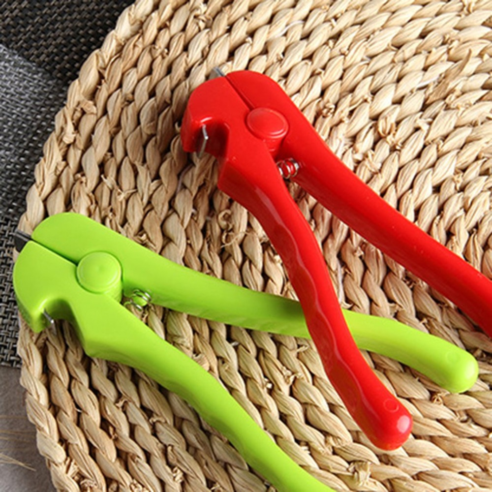 Multifunctional Clam Opener Seafood Clip Clam Opening Device Food Clip Practical Kitchen Cooking Tools