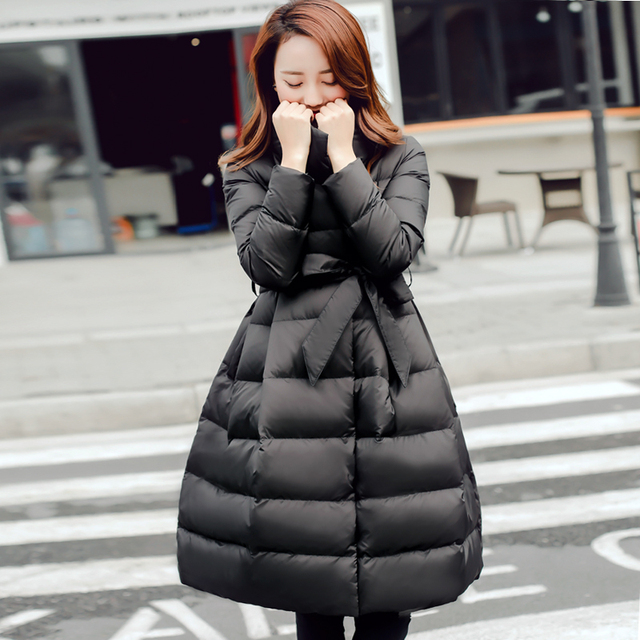 2016 Inverno Novas Mulheres Coreanas Para Baixo Casaco Fino Bolha Outerwear Sólidos A-line Arco Longo Casaco Com Faixas