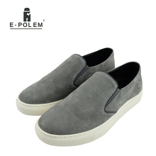 2017 Men Spring Summer Loafers Shoes Breathable Fashion Men Suede Leather Casual Flat Shoes Slip on Comfortable Shoes Student