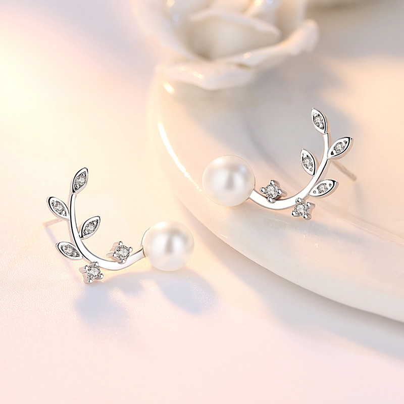 100 925 sterling silver fashion flower crystal imitation pearl stud earrings for women wholesale jewelry gift drop shipping in Stud Earrings from Jewelry Accessories