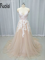 2017 New Arrival Ánh Sáng Champagne Formal Dài Evening Dresses V-Cổ Ren Appliques Flower Prom Đảng Gowns Mở Lại Custom Made