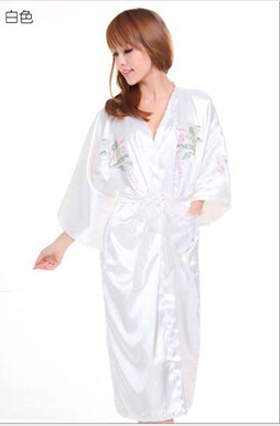 2015 New White Women's Bathrobe Kaftan Silk Robe Gown Embroidered Sleepwear Kimono Gown Dropshipping S M L XL XXL XXXL