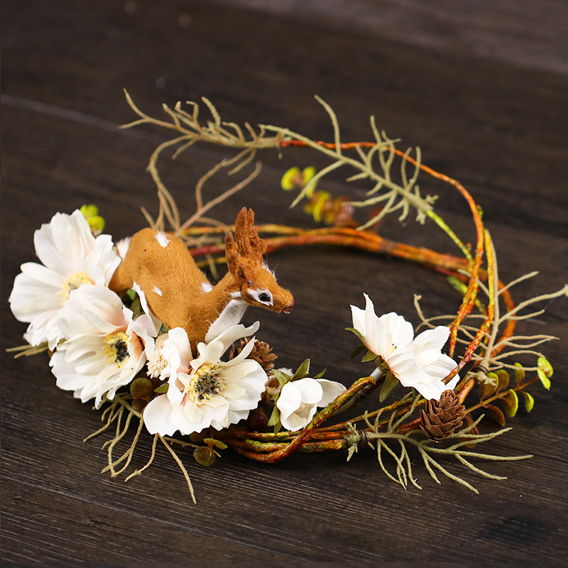 Bohemian Forest Queen Elk Wreath Beach Wedding Party White Wreath Bridal Headdress Sweet Cute Flowers Girl Bridesmaid Headwear