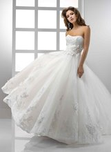 11-21 Fashion Sweerheart Ruffle A-line Gown Lace Wedding Dress Designer