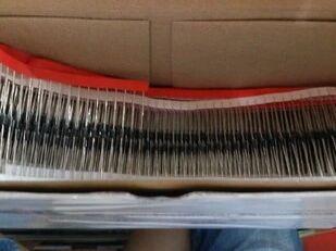 uf4007 dioda - 100pcs   UF4007   Diode    Free Shipping