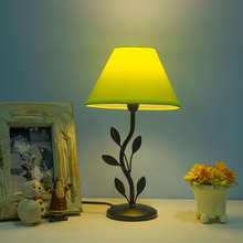 Original Table Lamp Leaf Metal Lamp Body Fabric Lampshade New Desk Lamp AC110v 220v Led Christmas Indoor Decoration