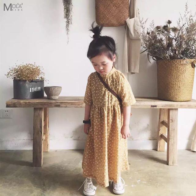 De Calidad superior Polka Dot Sweety Vestido de Los Cabritos Para El Bebé amarillo Largo Vestido de Verano de Estilo vintage Vestido de Tobillo Niños Coreanos ropa