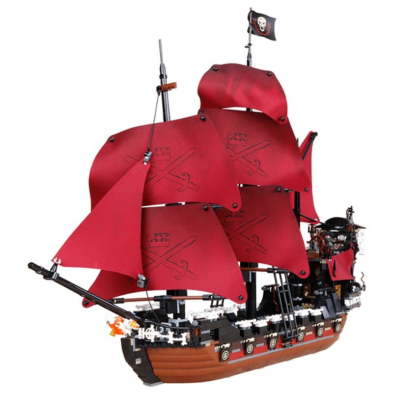 LEPIN Pirates Of The Caribbean Queen Anne's Reveage Ship Figure Blocks Compatible Legoe Building Bricks Toys For Children lepin 16009 caribbean blackbeard queen anne s revenge mini bricks set sale pirates of the building blocks toys for kids gift