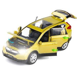 Image 5 - Yüksek simülasyon 1:32 ölçekli geri çekin Honda CRV alaşım araba, 6 açık kapı müzik flaş araba model oyuncaklar, metal döküm, ücretsiz kargo