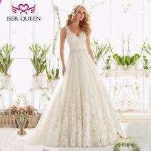 54d752840 Vestido de Color blanco con cuello en V de Europa de moda de una línea vestido  de boda sin mangas 2019 de cristal fajas vestido .