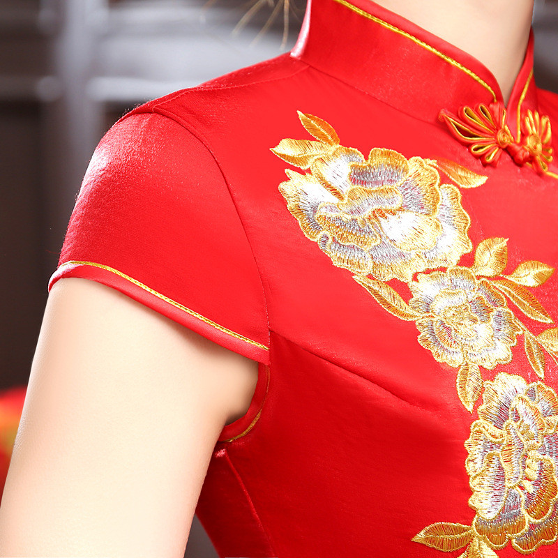 Phoenix Embroidered Long Women Cheongsam Red Evening Dress Formal Party Dress Satin Performance Dress in Cheongsams from Novelty Special Use