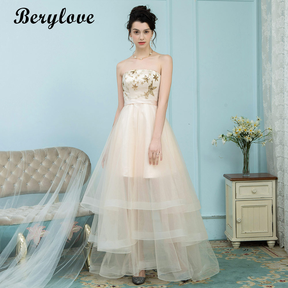 BeryLove Long Champagne Prom Dresses 2018 Sequined Appliques Strapless Evening Dresses Style Bow Tulle Formal Party Gowns