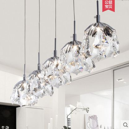 Nordic modern minimalist personality maple leaf crystal chandelier single head restaurant bar bedroom lampsNordic modern minimalist personality maple leaf crystal chandelier single head restaurant bar bedroom lamps