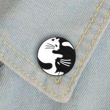 Yin Yang White Black Cat Round badge Cute black white cat pin Hug kitten Enamel Couple brooch Denim shirt backpack accessories
