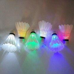 4 pièces coloré LED Badminton volant balle volants badminton plume plume lueur dans la nuit en plein air Sport accessoires
