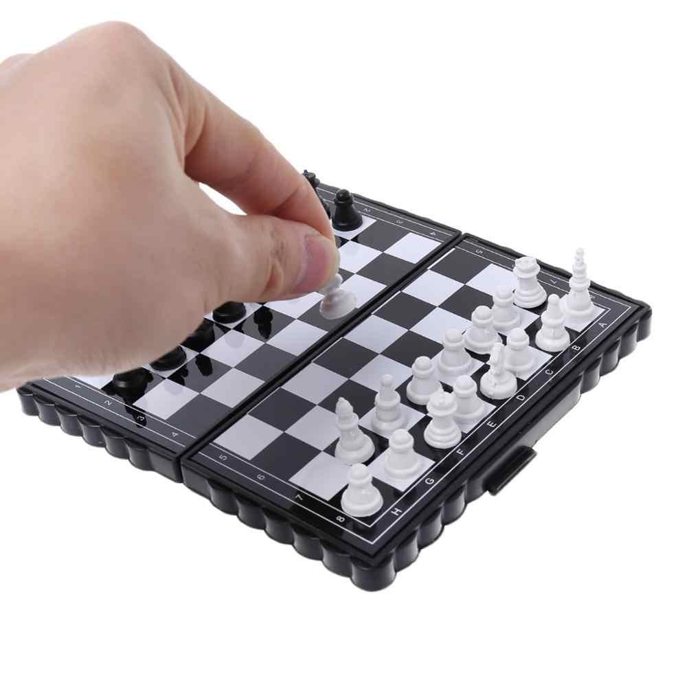 1 مجموعة صغيرة محمولة الشطرنج للطي المغناطيسي البلاستيك رقعة الشطرنج لعبة طفل لعبة