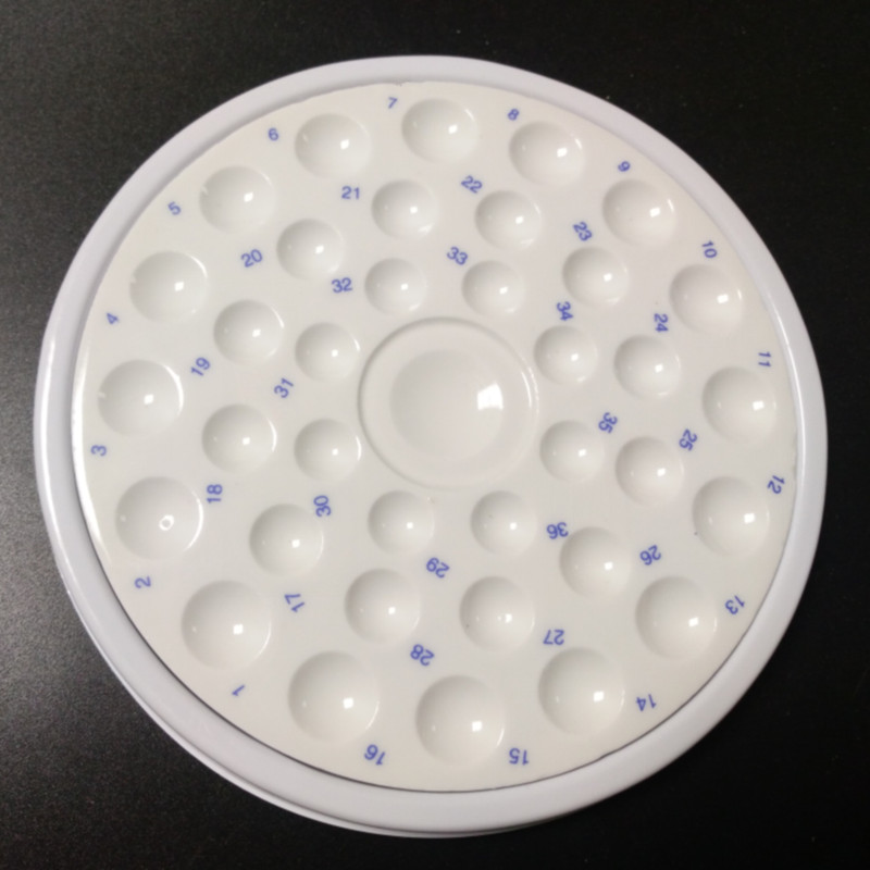 цена на High quality Dental Lab Porcelain Mixing Watering Plate Wet Tray 36 Slot Ceramic Palette