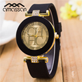 2017 Nova Marca de Moda Genebra Casuais relógio de Quartzo Relógio de Ouro Mulheres Vestido Relógios Relogio feminino Urso de Silicone Relógio de Pulso Hot