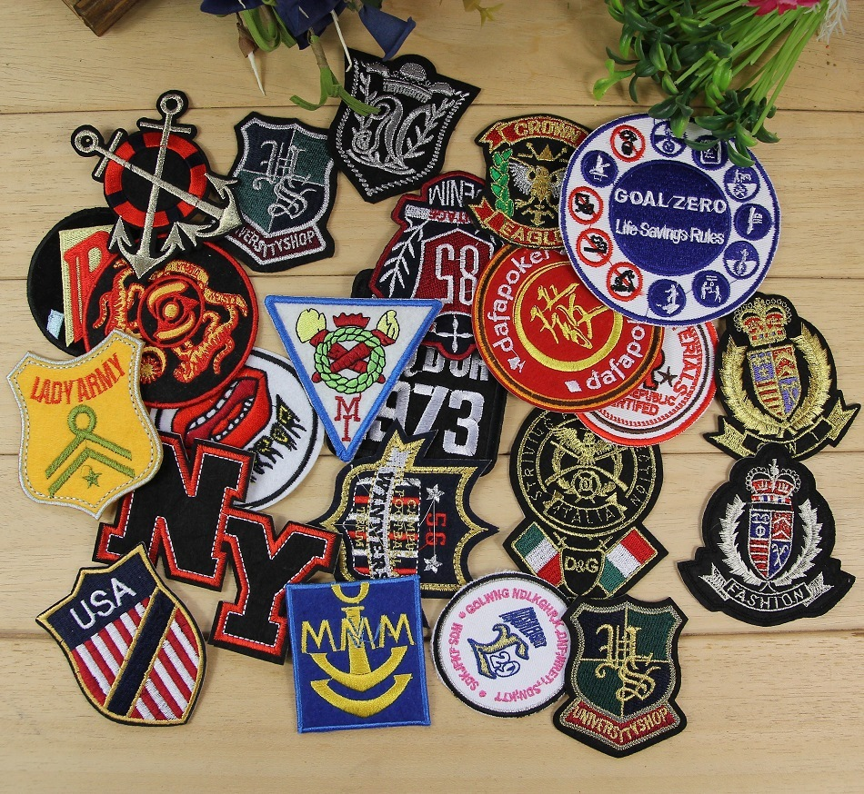 Free Shipping / Fashion Man Wind Emblem Badge Cloth Patches /Embroidered Clothing Patches ...