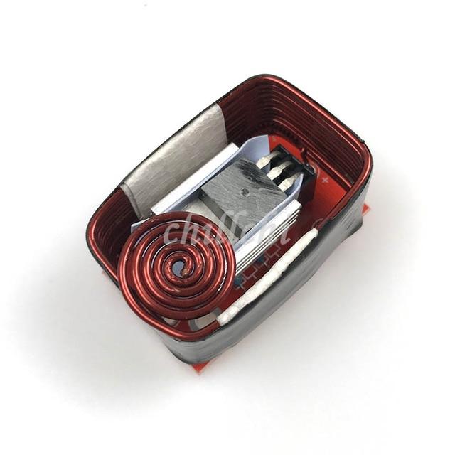 Wysoki dzielnik mocy na cewce generatora tesli jest powszechnie używane do uruchomienia cewki głowicy + płyty głównej + rury