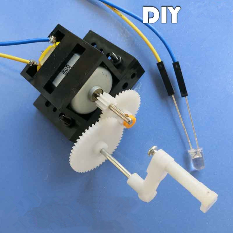 Hand Cranked Generator DIY kit Barn Utbildningsmaterial 9 * 5cm Motor Handgjord Toy Science Learning Tool
