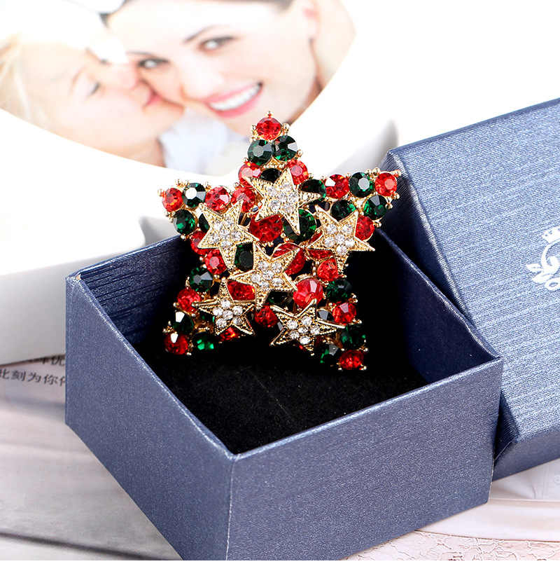 ... CINDY XIANG Colorful Rhinestone Star Brooches For Women Shiny Christmas  Pins Coat Dress Corsage Accessories Jewelry ... 2165bf3ad3d1