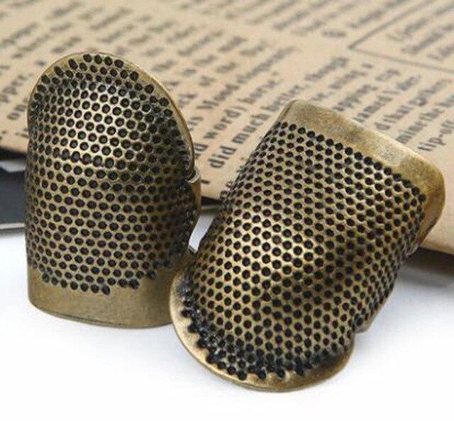 Retro Handworking dedal para coser dedo Protector costura latón Metal dedal para coser accesorios para herramientas de costura envío gratuito